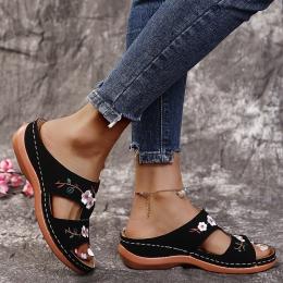 Sandalias ortopédicas cómodas para mujer
